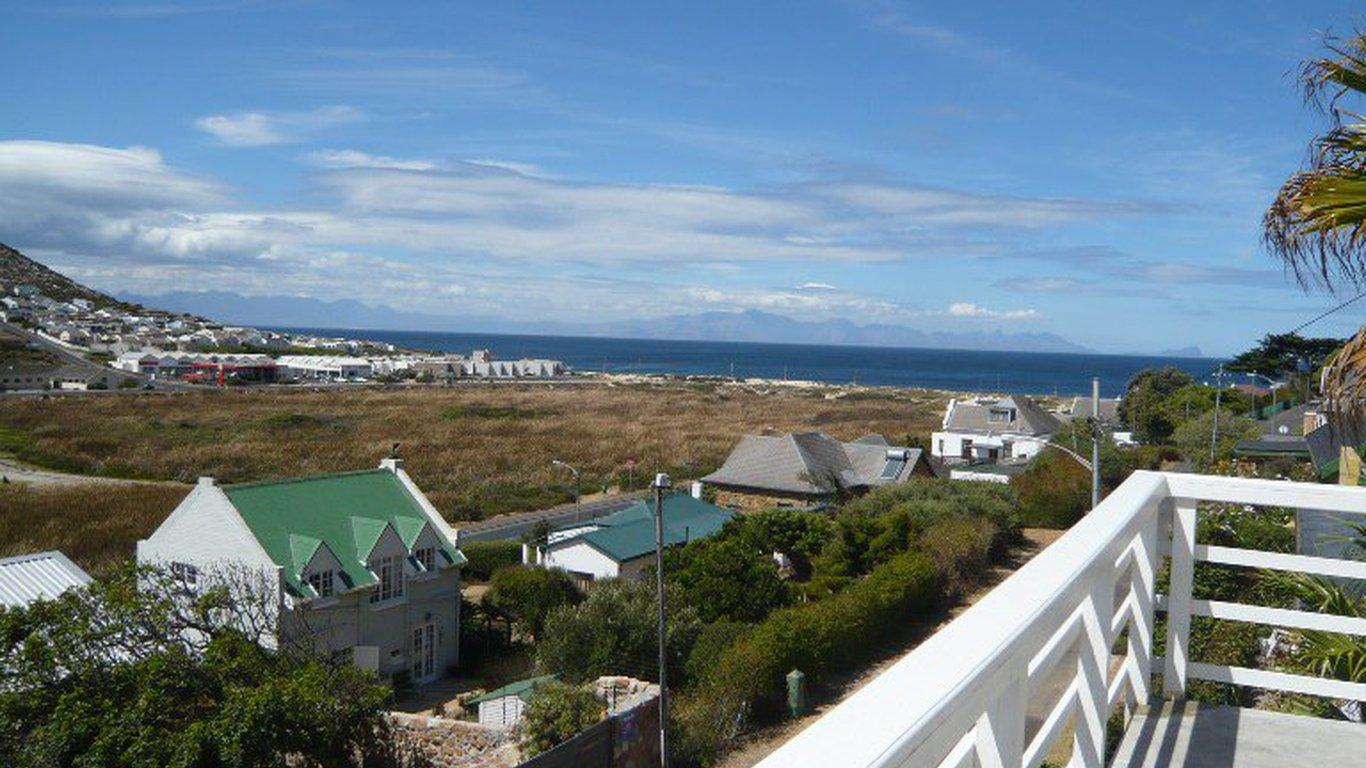Glenlin Accommodation In Glencairn Cape Town Best Price