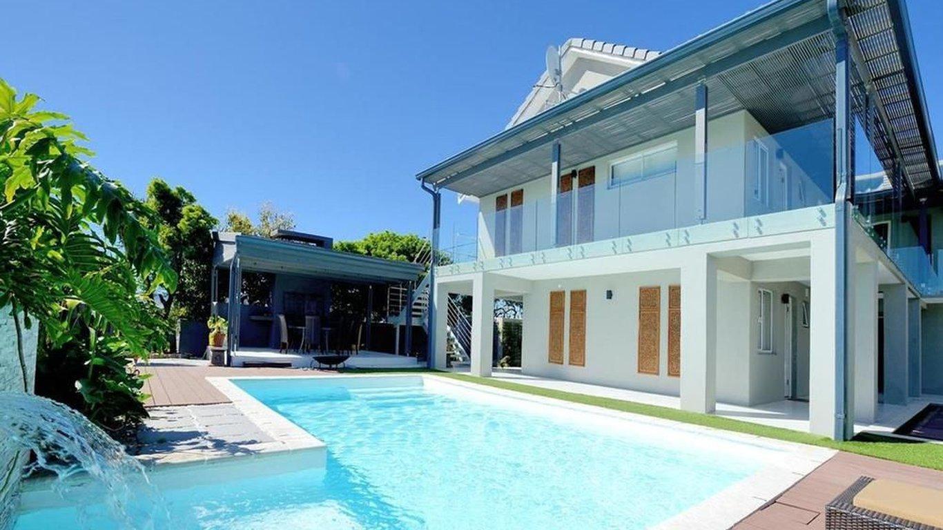 Grand Blue D In Sunset Beach Cape Town Best Price Guaranteed