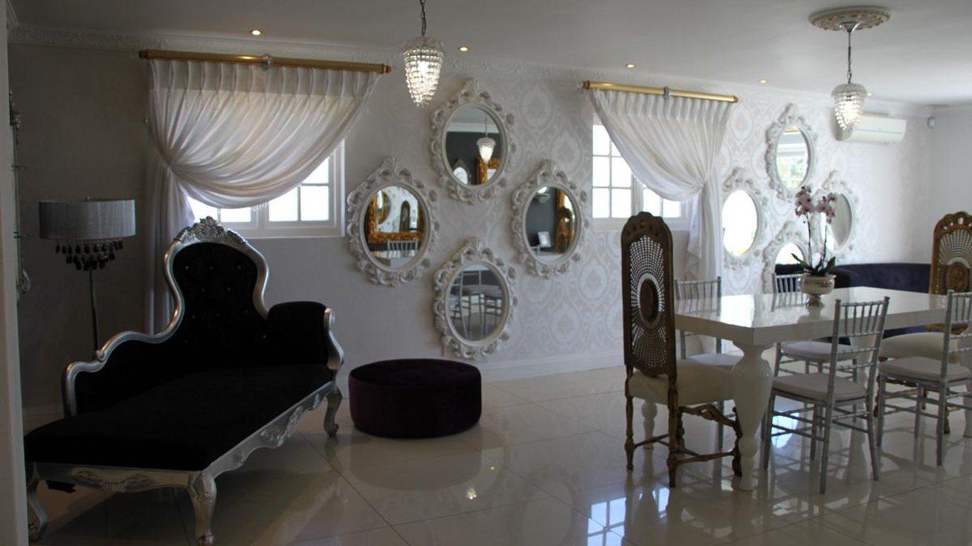Georgiou International Luxury Accommodation In Port Elizabeth