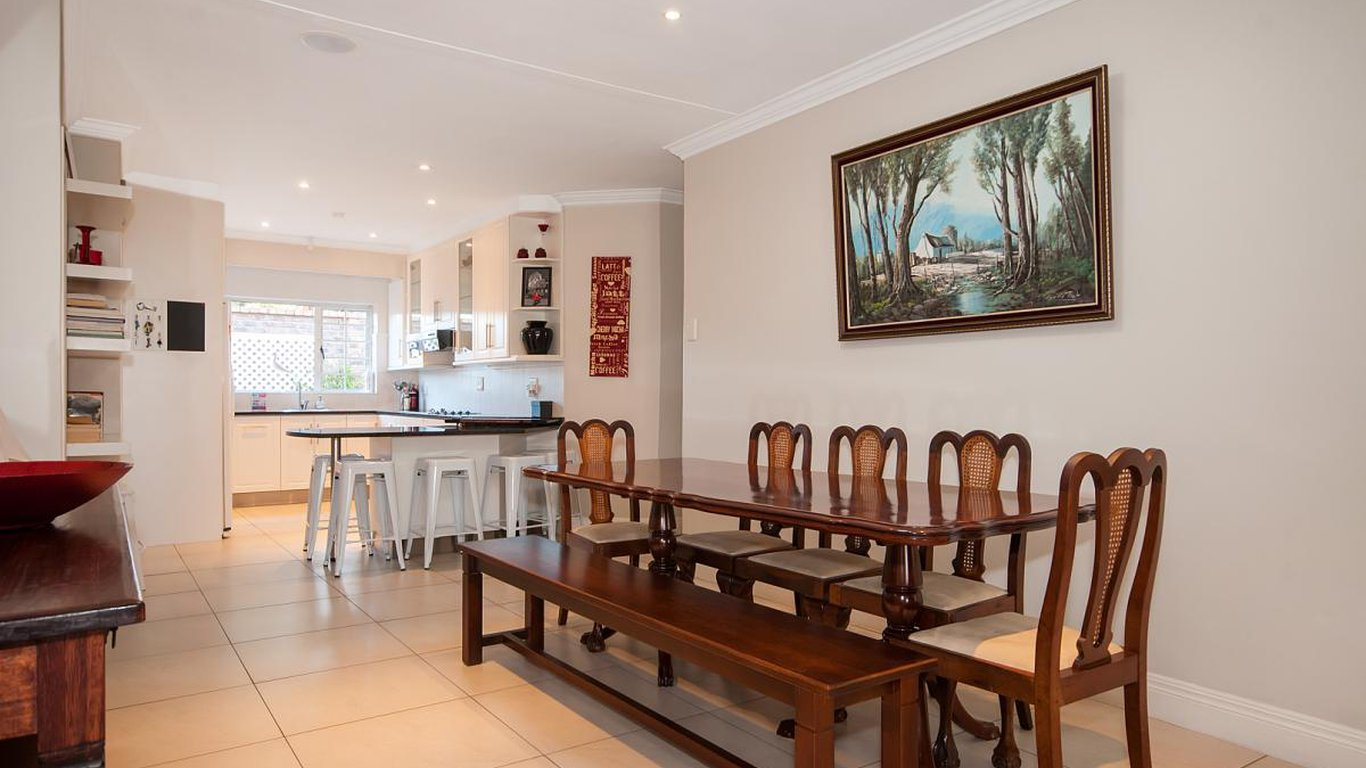 Beachhouse Brighton In Summerstrand Port Elizabeth Best Price