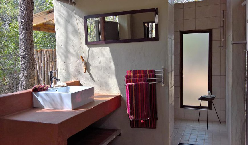 En-Suite semi outside bathroom