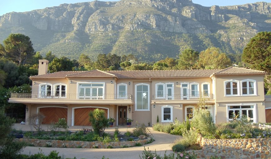 We guarantee that your stay will be very different to most of the other options that you might look at - because it is very private - here you are the only guests. The location is a haven - very scenic, peaceful and relaxing. in Hout Bay, Cape Town, Western Cape , South Africa