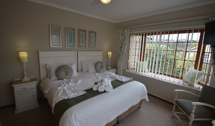 Sunkissed king or twin - two bedroom with adjoining bathrrom in Plettenberg Bay, Western Cape , South Africa