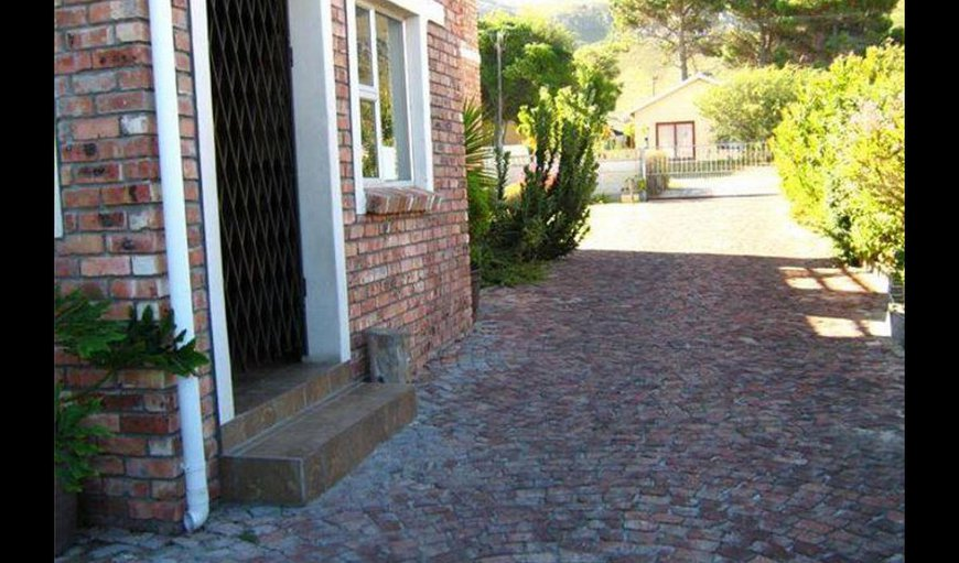 All Rounder Holiday Homes in Kleinmond, Western Cape, South Africa