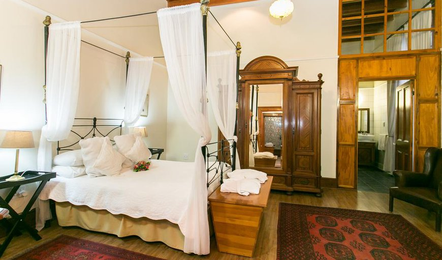 Antique Room with double bed, air-con, DSTV and Wi-FI.  in Beaufort West, Western Cape , South Africa