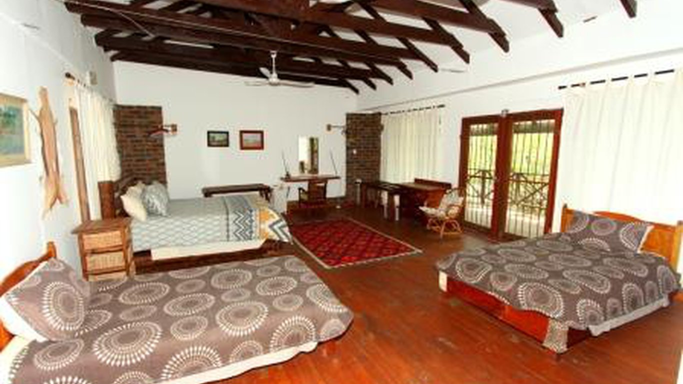 3f06ec4fc7357f Bateleur Bush Lodge in Marloth Park — Best Price Guaranteed