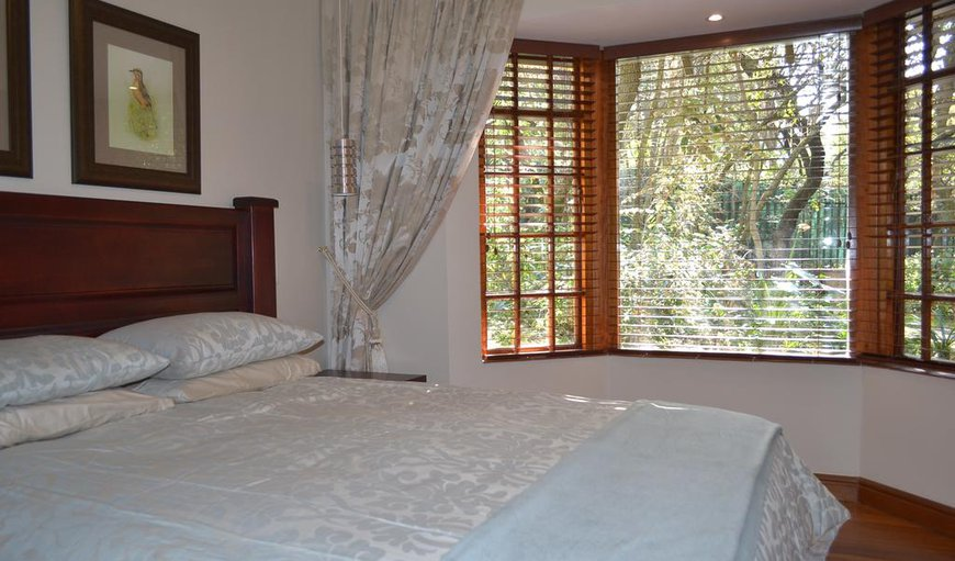 Luxury Queen-sized Bed in Guineafowl Suite