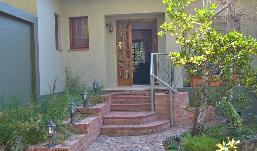 Separate entrance from the main house to provide maximum convenience to guests.