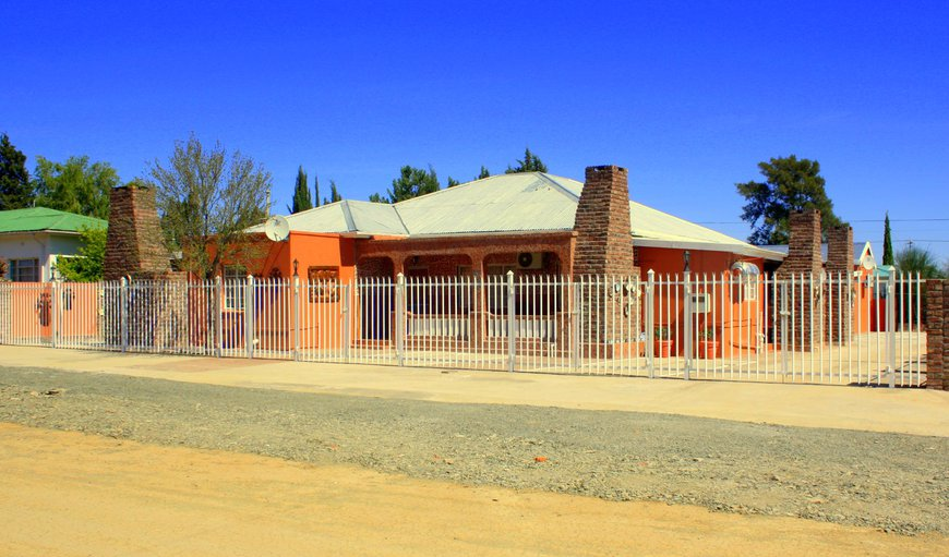 Welcome to Ikaia Africa Lodge in Carnarvon, Northern Cape, South Africa