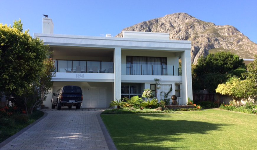 Welcome to the Sea Breeze Manor in Voelklip, Hermanus, Western Cape , South Africa