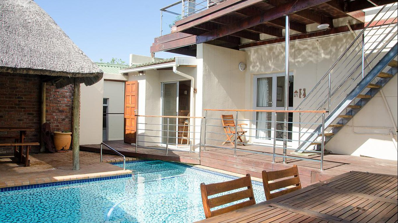Goulden Street Guest House In Quigney East London Best Price