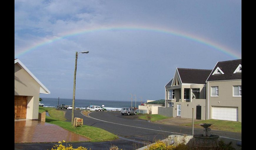 Welcome to Breeze Inn Guesthouse. in Kidds Beach, Eastern Cape, South Africa
