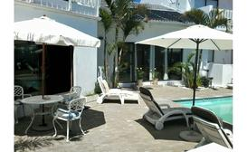 Au Plais De Langebaan Palm Tree Villa B&B image