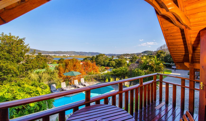 Semi-detached Log cabin with spa bath: