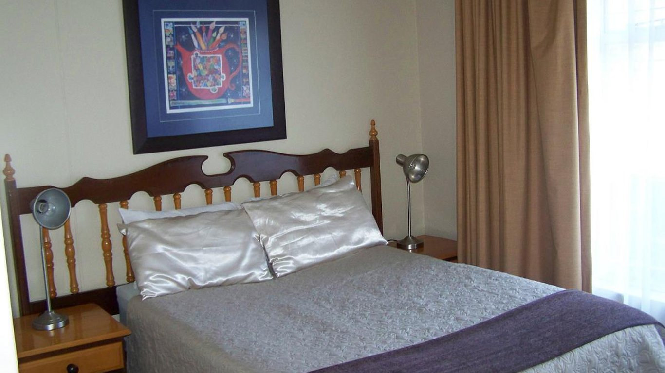 20 bedroom house. Bedroom Molenhof Guest House in Potchefstroom  Best Price Guaranteed
