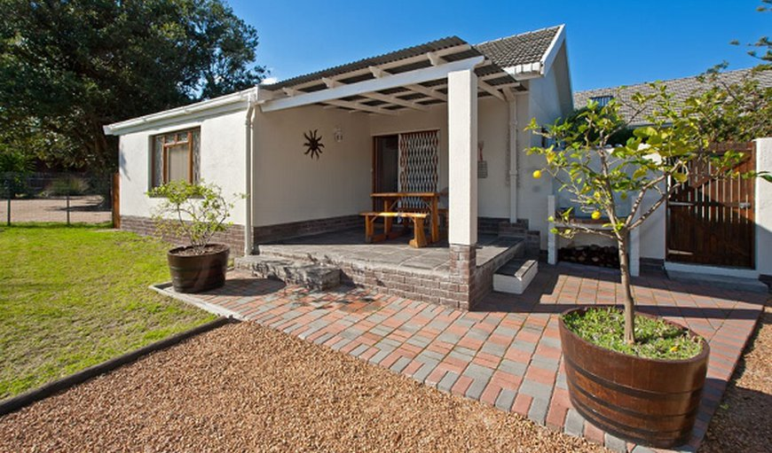 Sun Cottage in Somerset West, Western Cape , South Africa