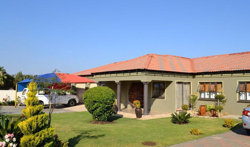 Sharodin BnB exterior in Pilanesberg, North West Province, South Africa
