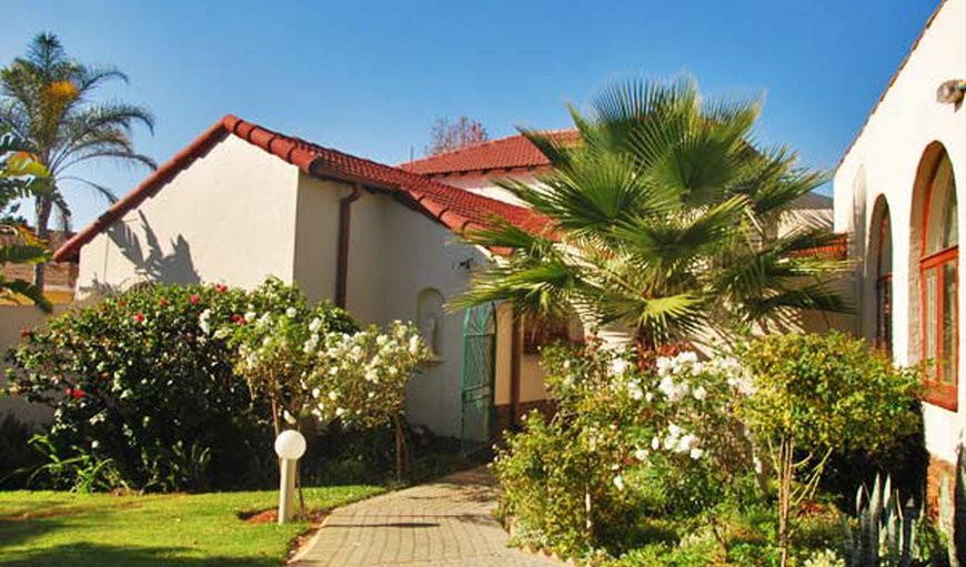 Glen Adenoi Guest House in Waterkloof, Pretoria (Tshwane), Gauteng, South Africa