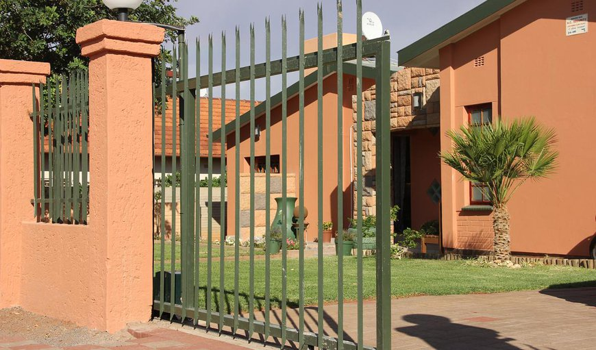 Welcome to Airport Bed and Breakfast in Upington, Northern Cape, South Africa