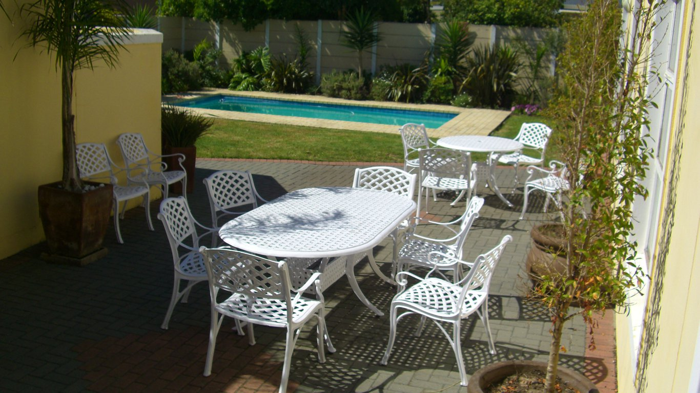 African dawn cottages in milnerton cape town western cape south africa