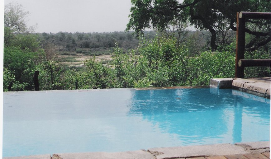Infinity pool overlooking the Kruger Park and the Crocodile river