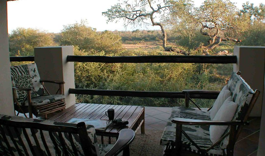 Upstairs rendezvous area overlooking the Kruger Park and the Crocodile river