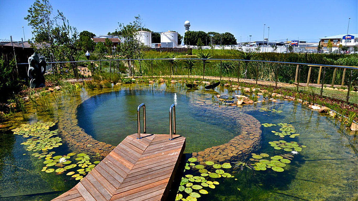 Hotel verde in cape town international airport cape town best price guaranteed for Environmentally sustainable swimming pools