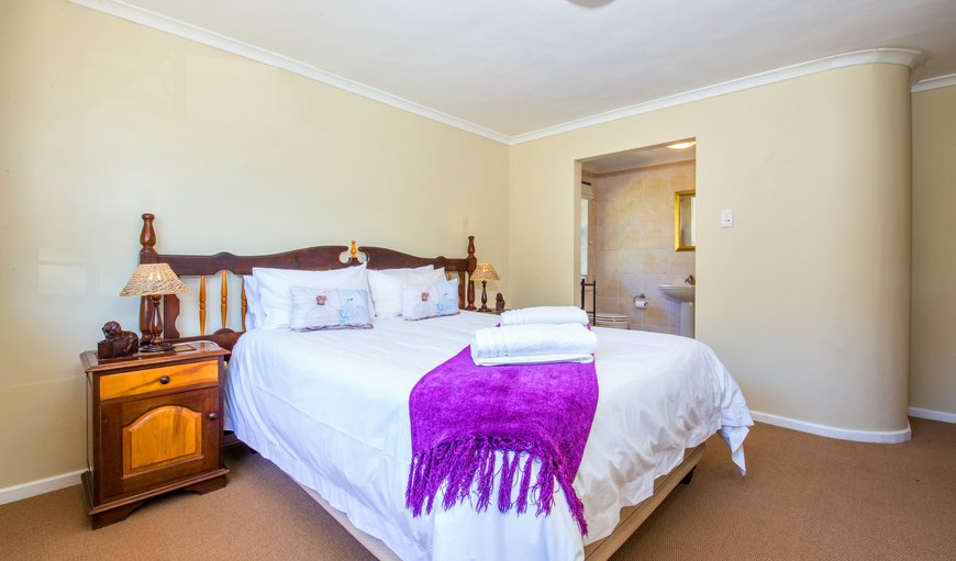 DOUBLEBED, WHEEL CHAIR FRIENDLY, SEMI BATHROOM, DSTV, COFFEE AND TEA FACILITIES.