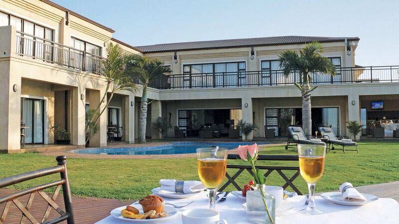 Fairway guest house in durban north durban best price for Fairway house