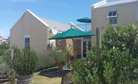 Nina's Self-Catering Hermanus image