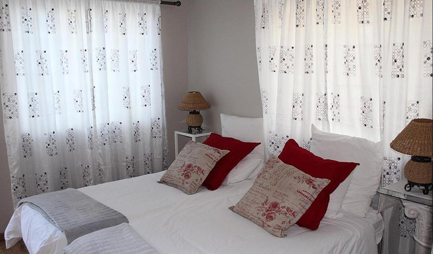 The family cottage has 2 single beds in the main room