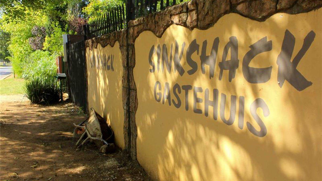 Sinkshack Guesthouse in Bronkhorstspruit , Gauteng, South Africa