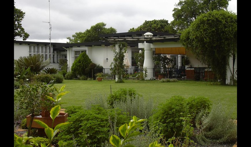 Welcome to Plumbago Guest House in Hazyview, Mpumalanga, South Africa