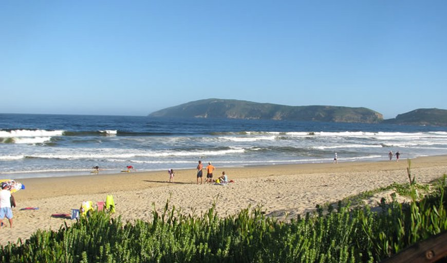 1.5km from Robberg Beach