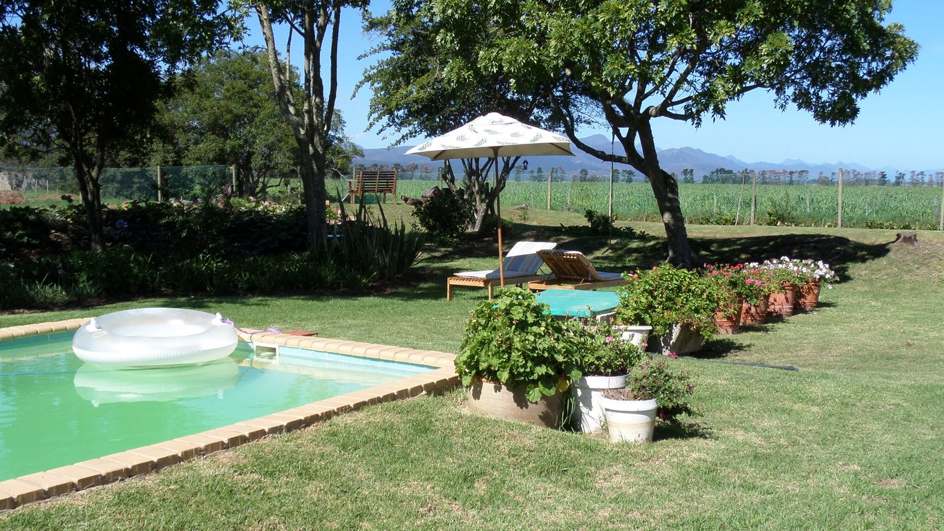 Marland Farm Self Catering Cottages In Uplands Plettenberg Bay Best Price Guaranteed