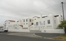 The Tides 30 - Struisbaai image