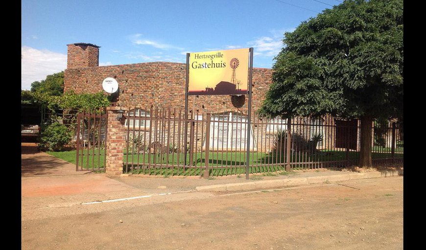 Welcome to Hertzogville Gastehuis. in Hertzogville, Free State Province, South Africa