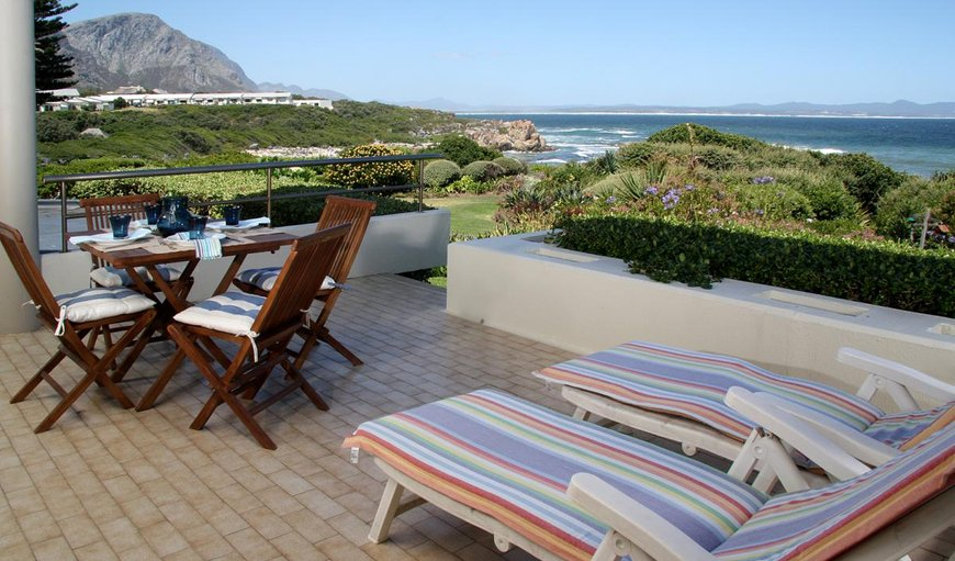 Welcome to the stunning 104 Bayview Apartment in Eastcliff, Hermanus, Western Cape, South Africa