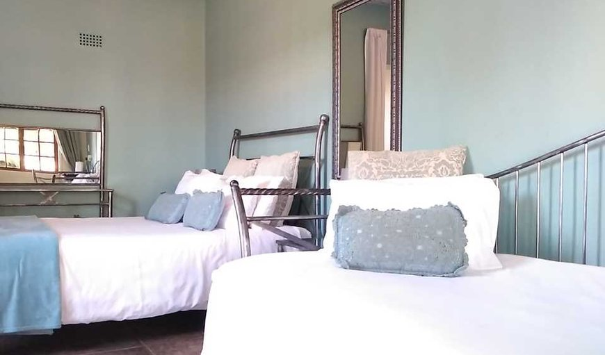 Immanuel Guest House - Double Room + Extra Bed in Warrenton, Northern Cape, South Africa