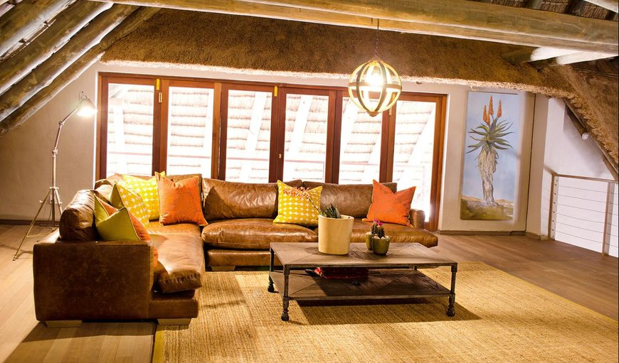 Bongela Private Game Lodge lounge area.