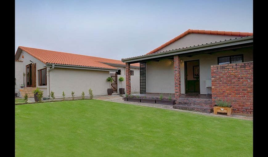 Welcome to Out of Bounds Self-Catering Lodge. in Blanco, George, Western Cape , South Africa
