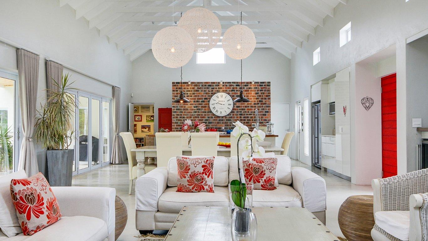 The Red Door In Noordhoek Cape Town Best Price Guaranteed