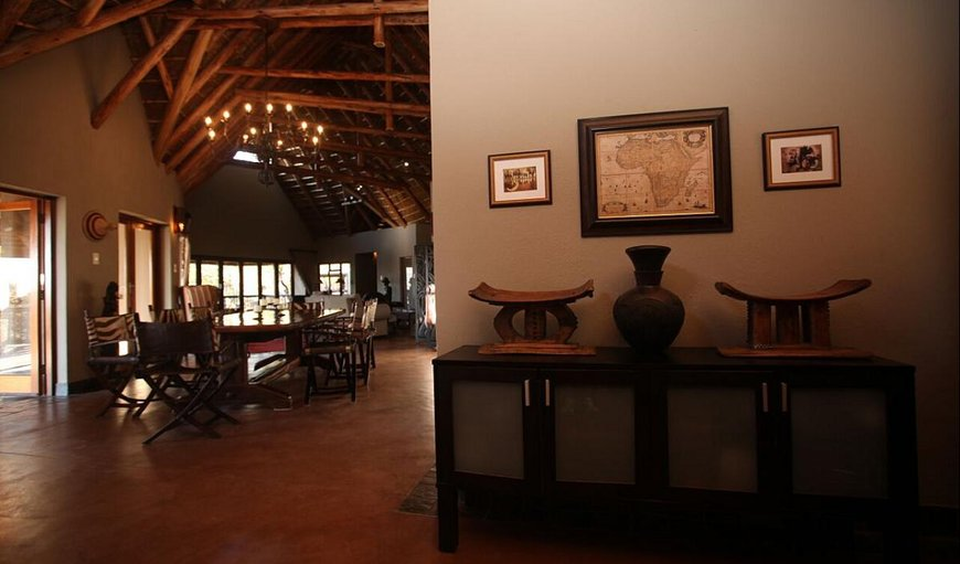 Matingwe Lodge dining area.