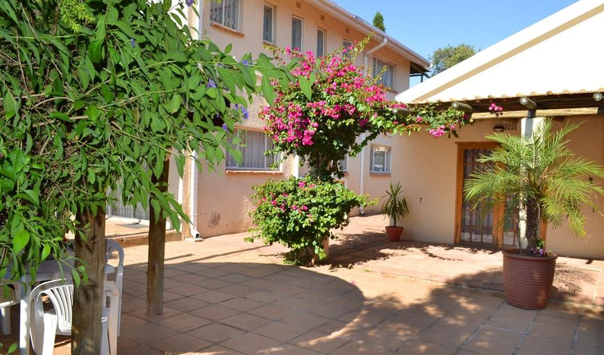 Welcome to Dove's Nest Guest House in Rhodesfield, Kempton Park, Gauteng, South Africa