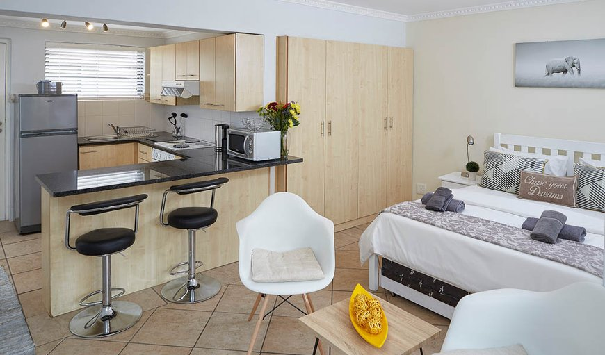 Open-plan studio apartment. in Sea Point, Cape Town, Western Cape , South Africa