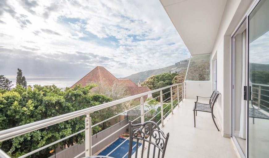 2 Medburn Road in Camps Bay, Cape Town, Western Cape, South Africa
