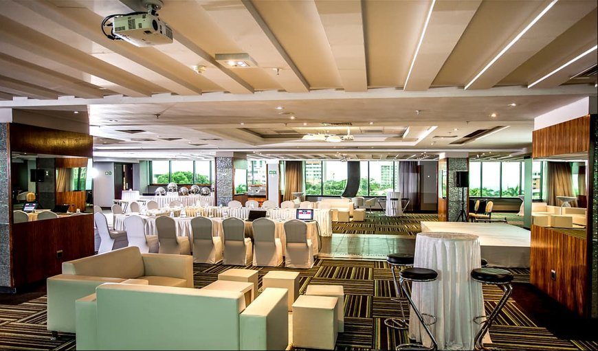Coastlands Umhlanga Hotel and Convention Centre lounge area.