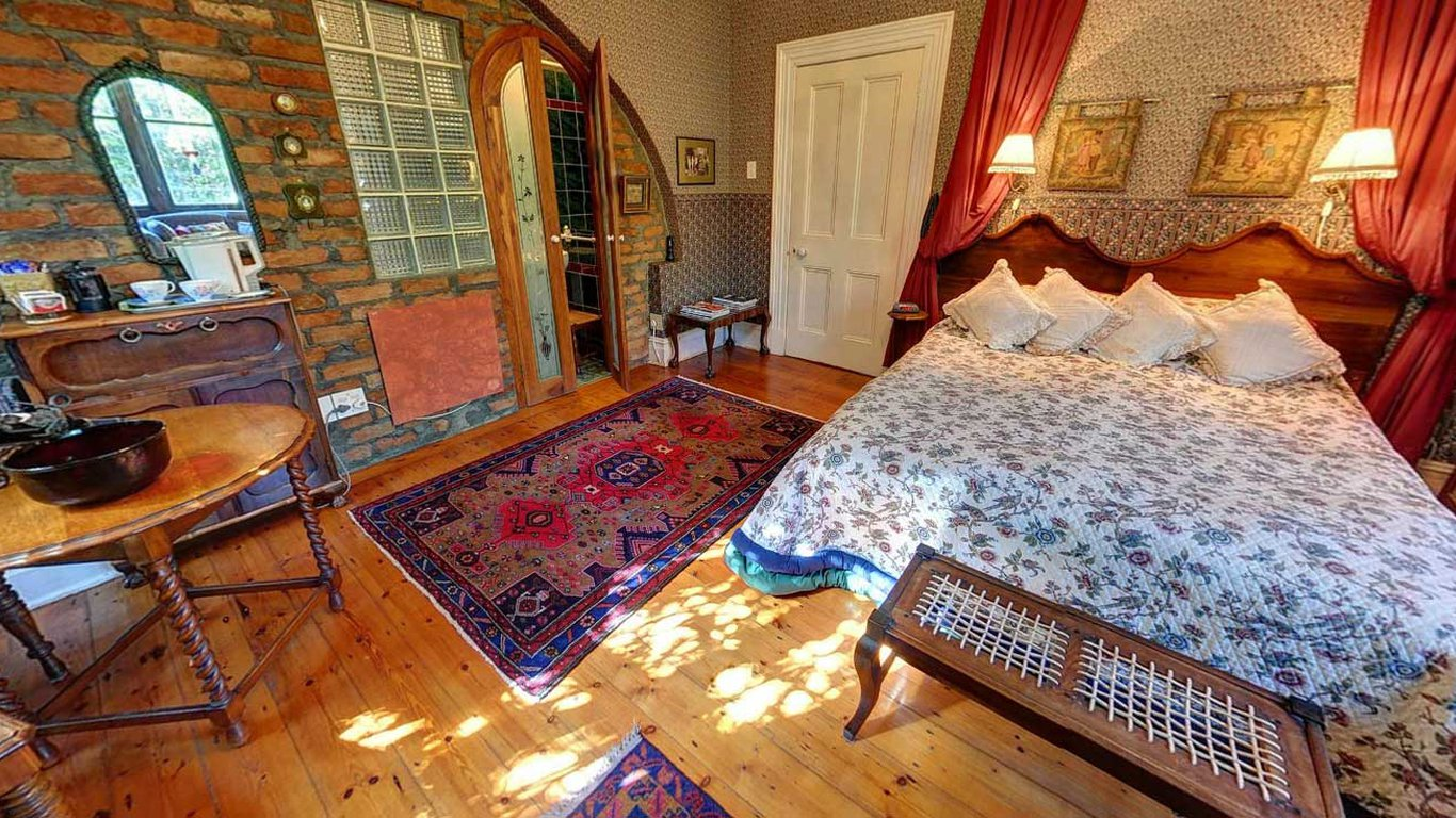 Fine Jambo Guest House In Green Point Cape Town Best Price Home Interior And Landscaping Ologienasavecom