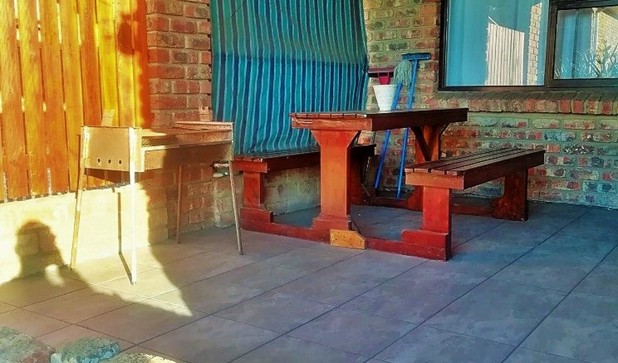 Outdoor dining table and braai