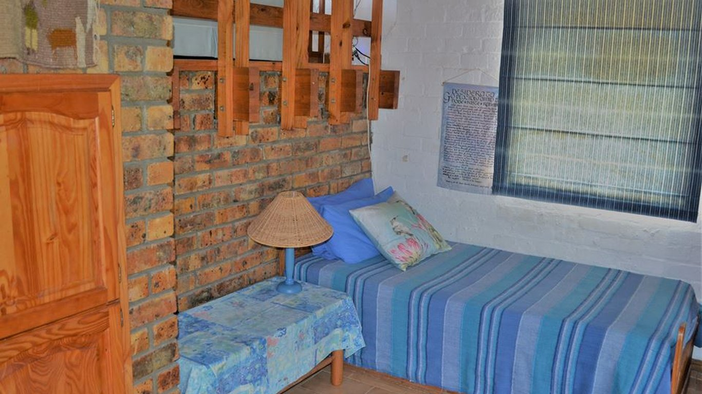 Thalassa Self Catering in Betty\'s Bay — Best Price Guaranteed